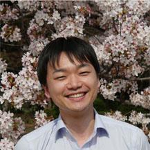 Tomohiro Kitano : Graduate Student